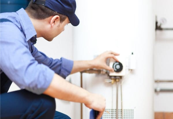 Installer un chauffe-eau thermodynamique à La Rochelle
